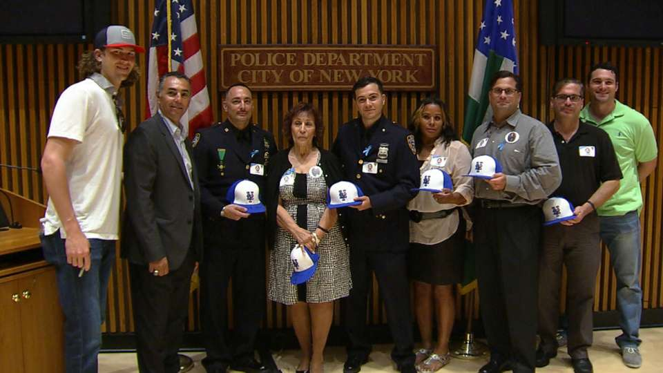 2015 Mets in the Community