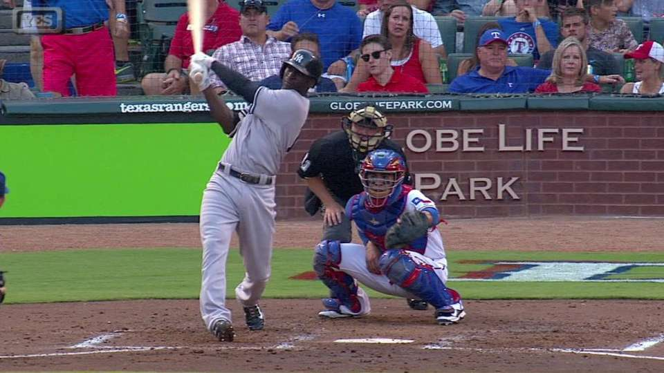Gregorius' two-run homer