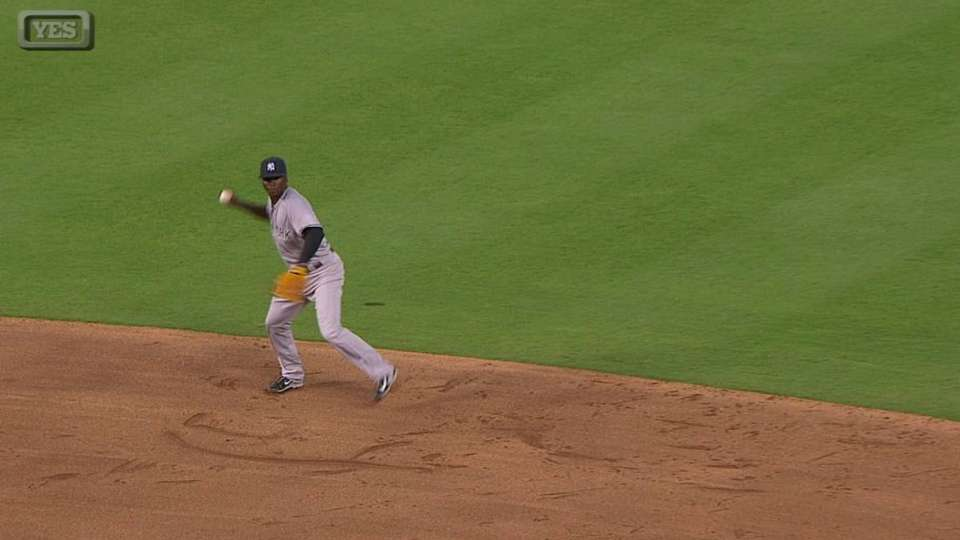 Gregorius makes nice grab