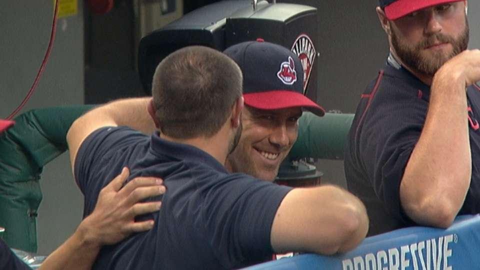 Murphy saying goodbye to team