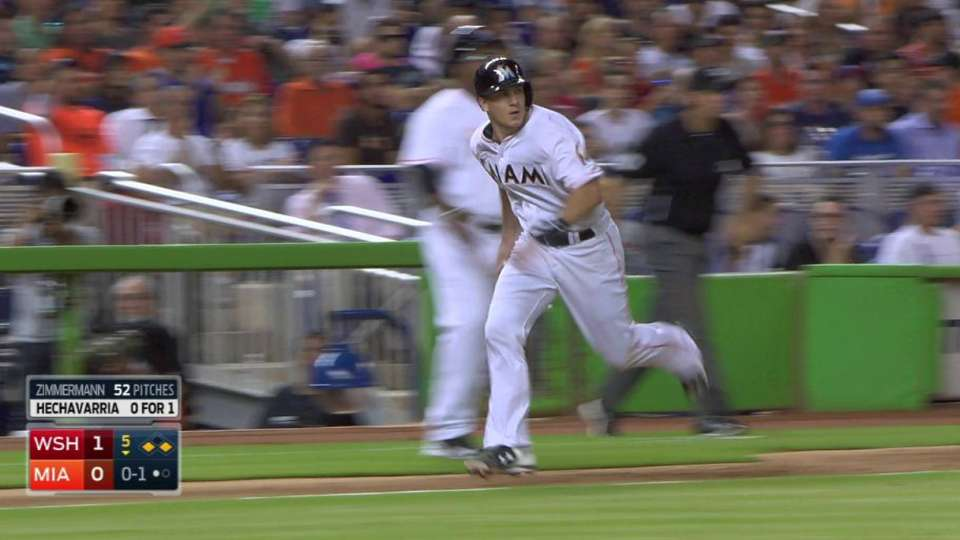 Hechavarria's sac fly ties game