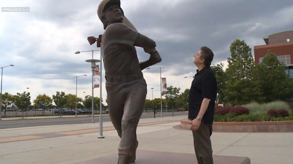 Frudakis on Phillies statues