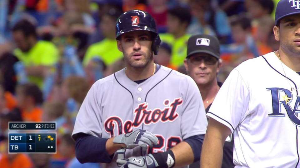 J.D. Martinez's RBI single