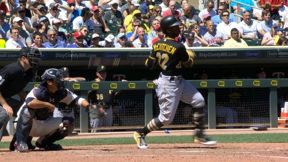 Pirates' five-run 6th inning