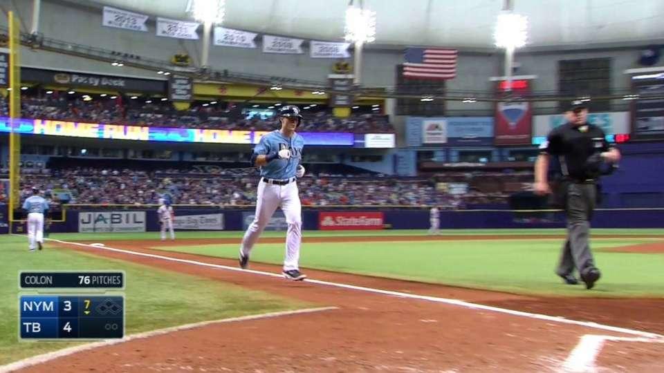 Shaffer's solo home run
