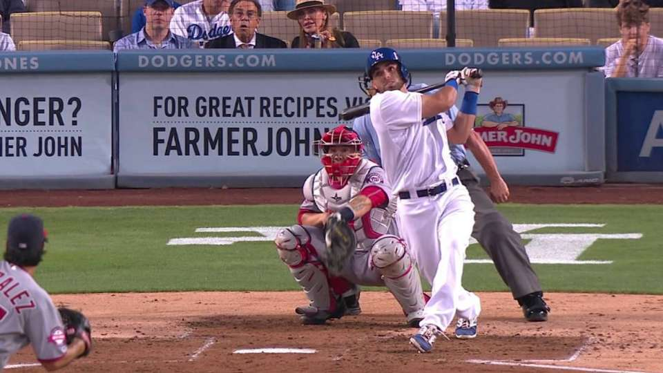 Peraza's first Major League hit