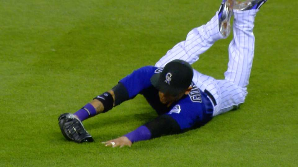 Must C: CarGo lays out for catch