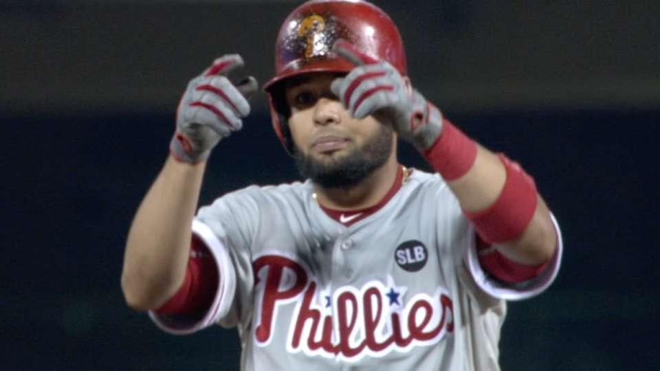 Phillies' eight-run inning