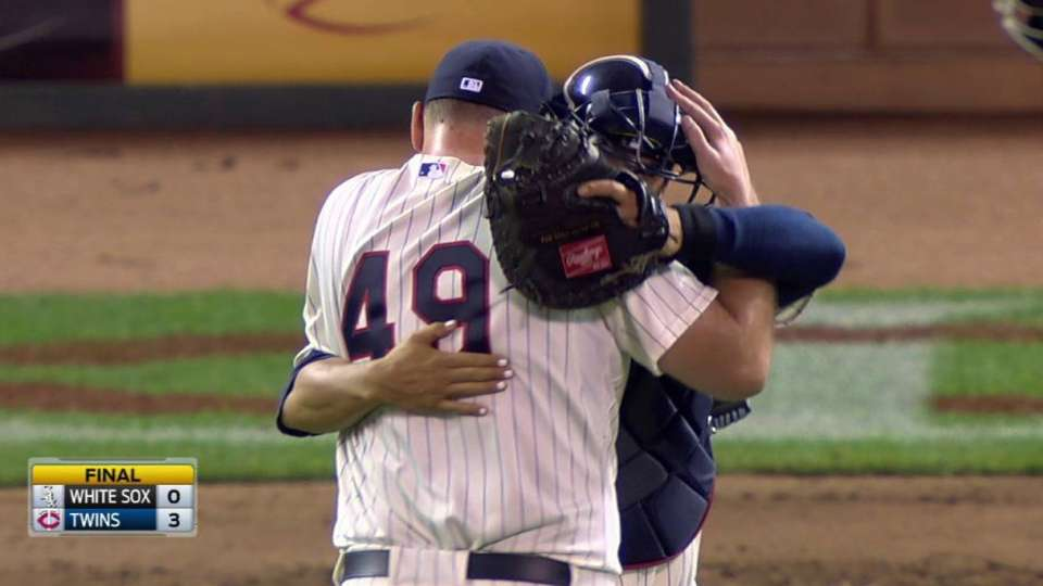 Jepsen closes out the Twins' win