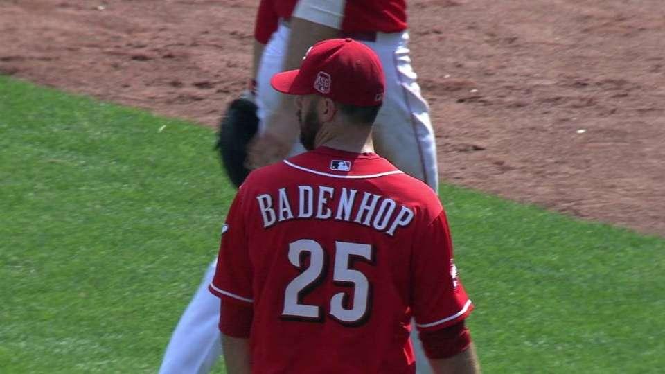 Badenhop juggles ball, gets out