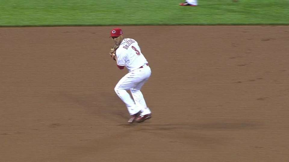 De Jesus spins, throws for out
