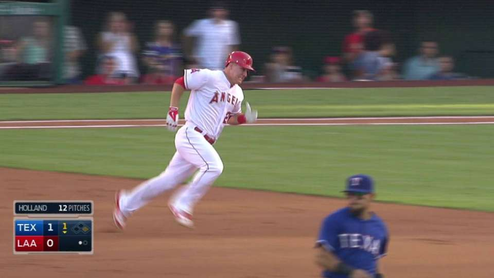 Trout's 1st-inning triple