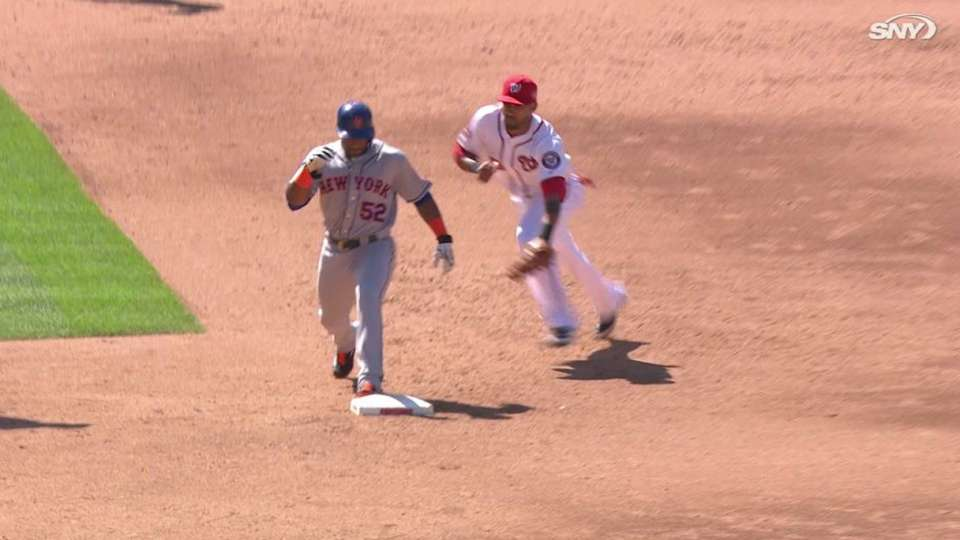 Cespedes nearly nabbed at second