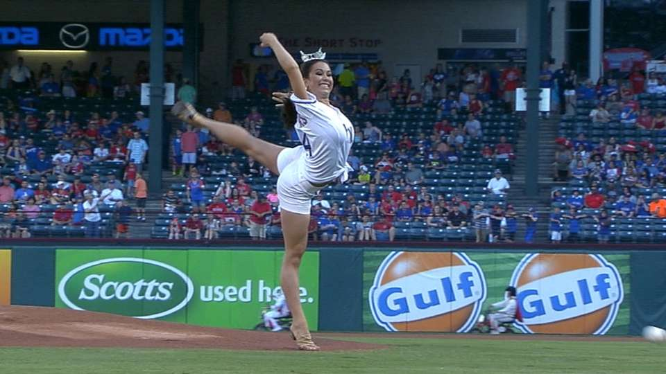 Miss Texas' wide first pitch