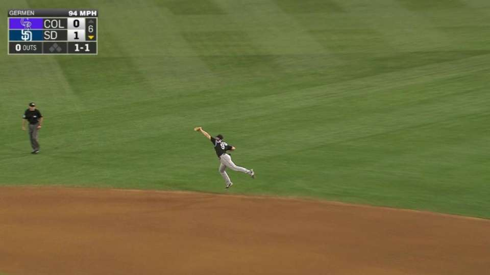 LeMahieu's leaping catch
