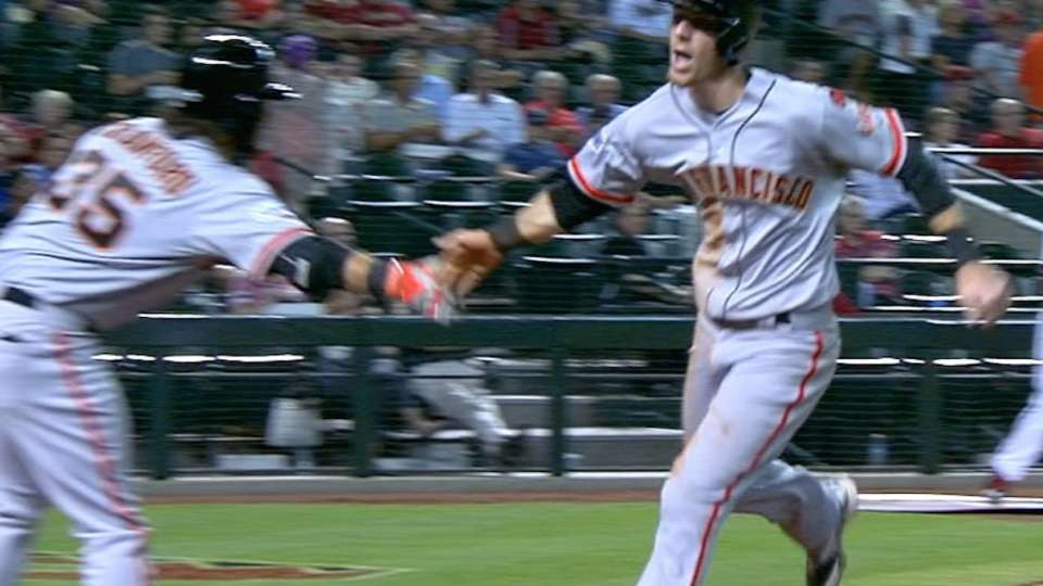 Giants show off power in 3rd