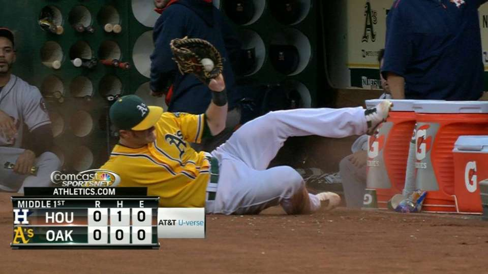 Canha's great sliding grab