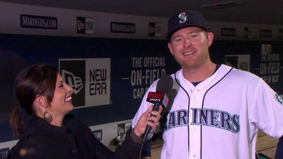 Trumbo on four-hit game, win