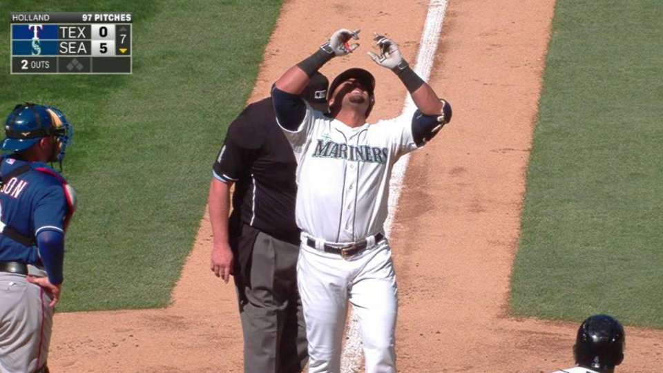 Cruz's 40th home run
