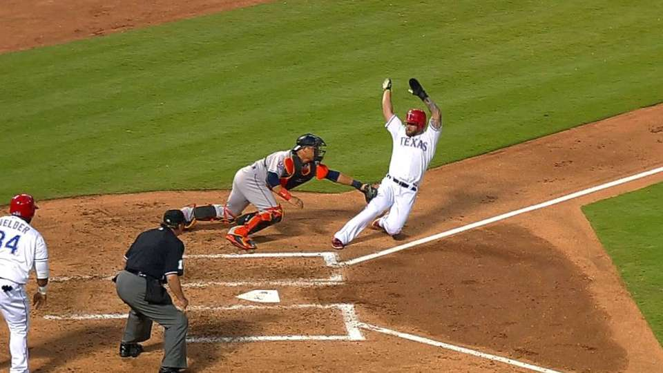 Astros throw Napoli out at home
