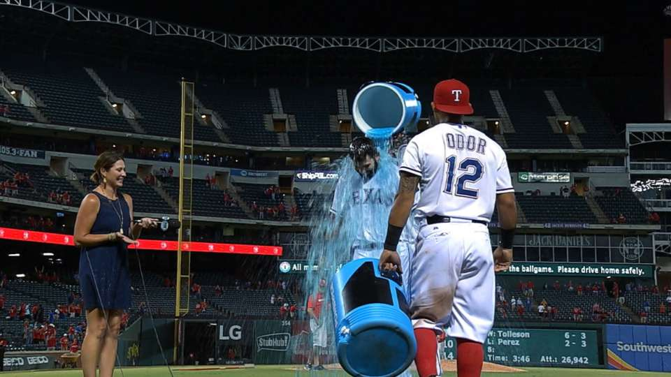 Moreland gets early shower