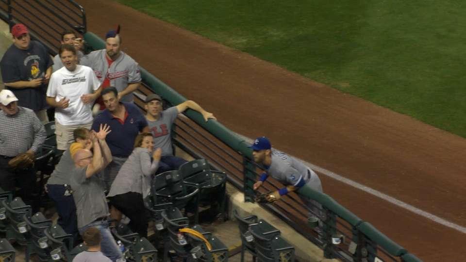 Fan misses catch, ball hits head