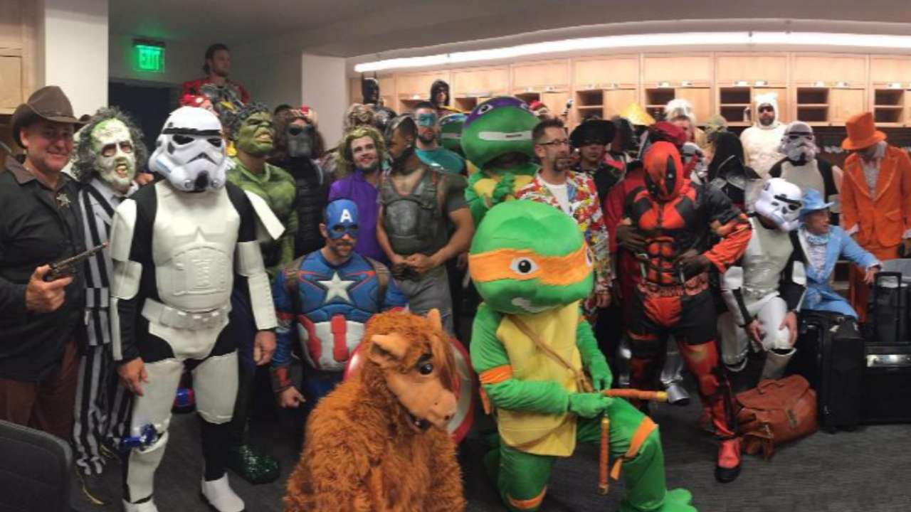 Pirates Dress Up As Superheroes Before Road Trip Marvel Boys Batman In Greatest Baseball Themed Comic Book Crossover Of All Time