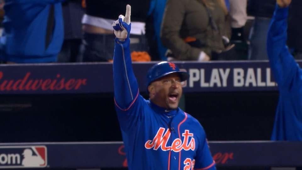 Goodwin reacts to Murphy's homer