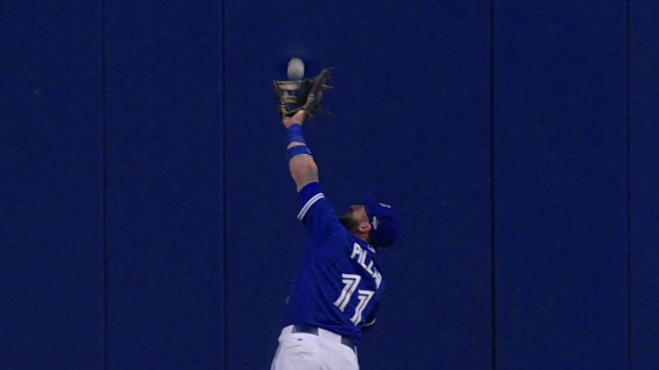 Pillar's catch against the wall