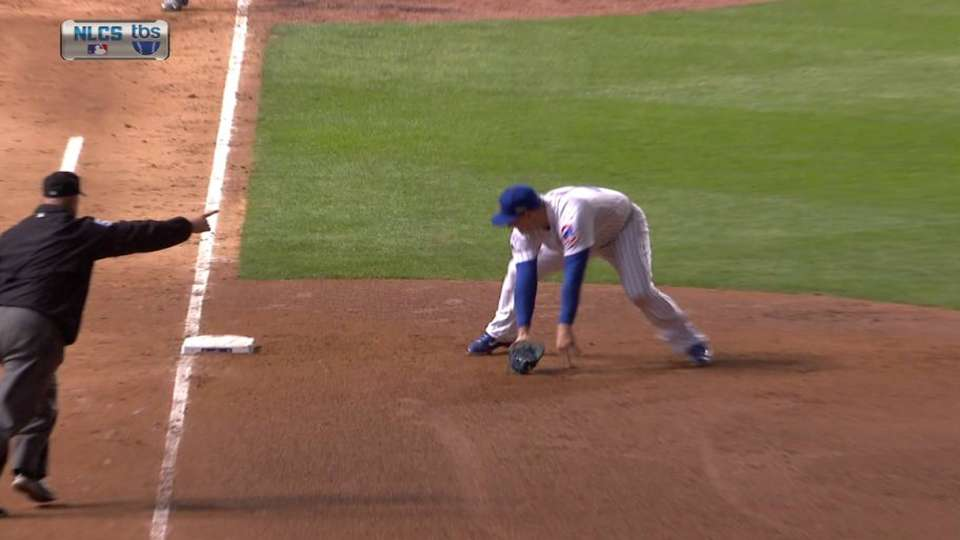 Rizzo snags grounder