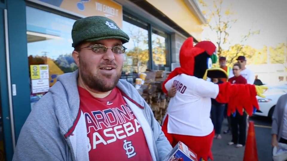 Cardinals players thank fans