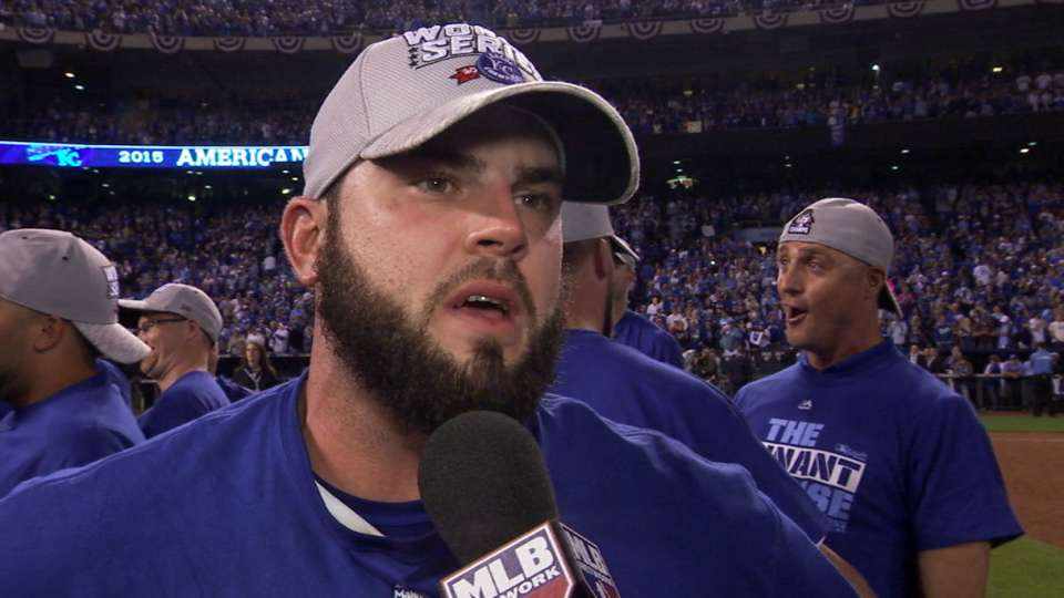 Moustakas on ALCS-clinching win