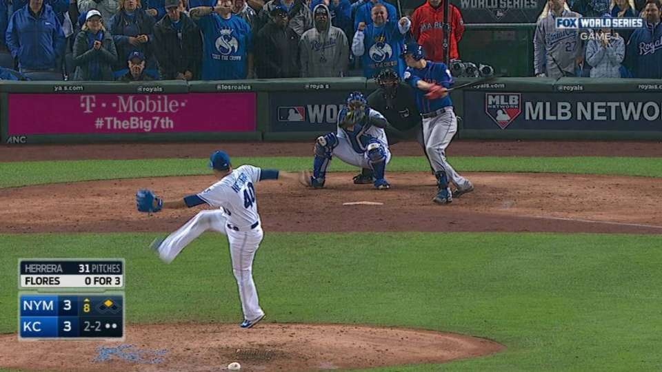 Mets take lead on error in 8th