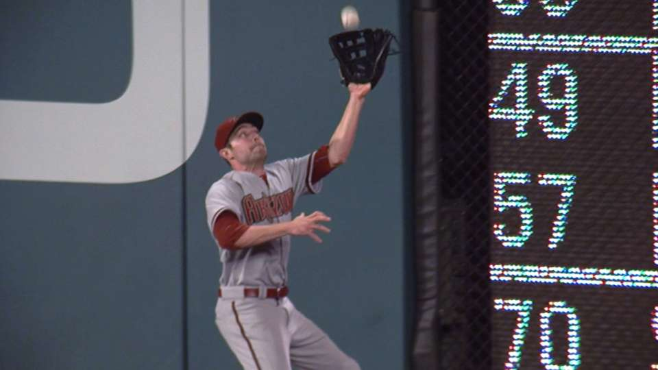 Pollock wins first Gold Glove