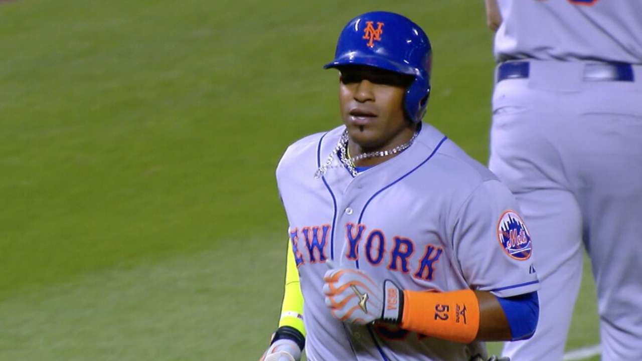Cespedes opts out of Mets deal, picks free agency