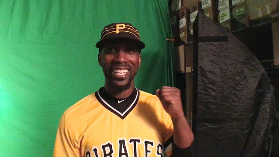 purchase cheap 4fd8a 68ed8 Pirates in their newest uniforms