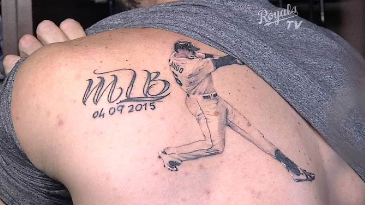 Paulo Orlando got a tattoo of himself | MLB.com