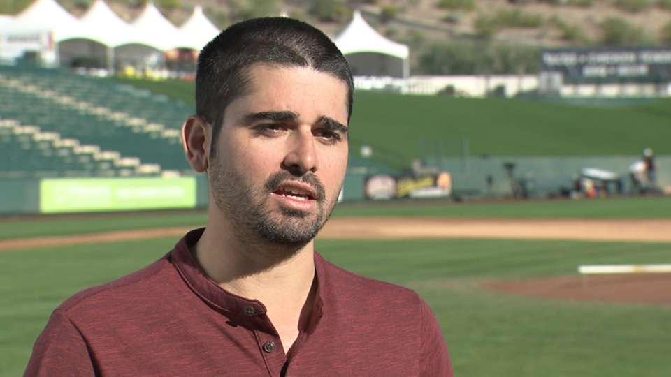 Gonzalez on Angels' 2016 outlook