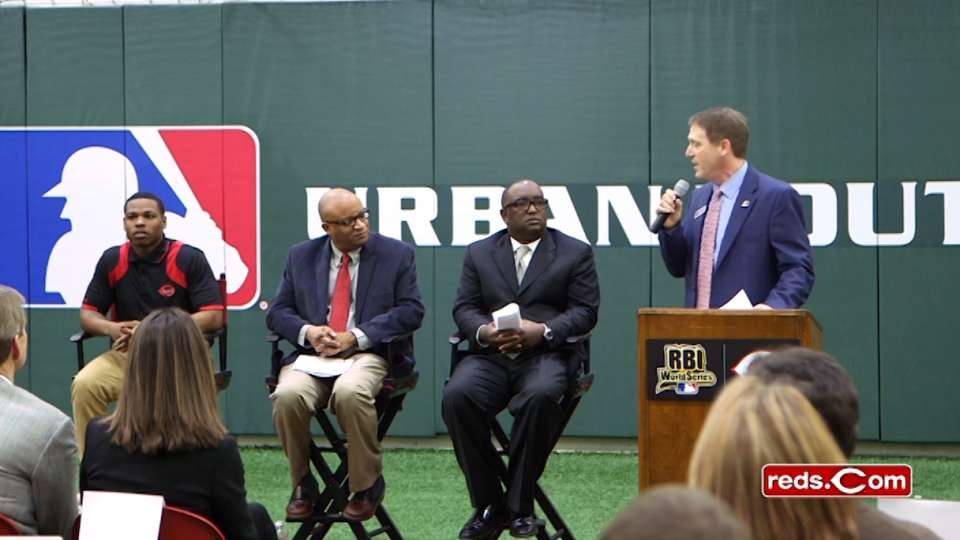 Reds to host RBI World Series