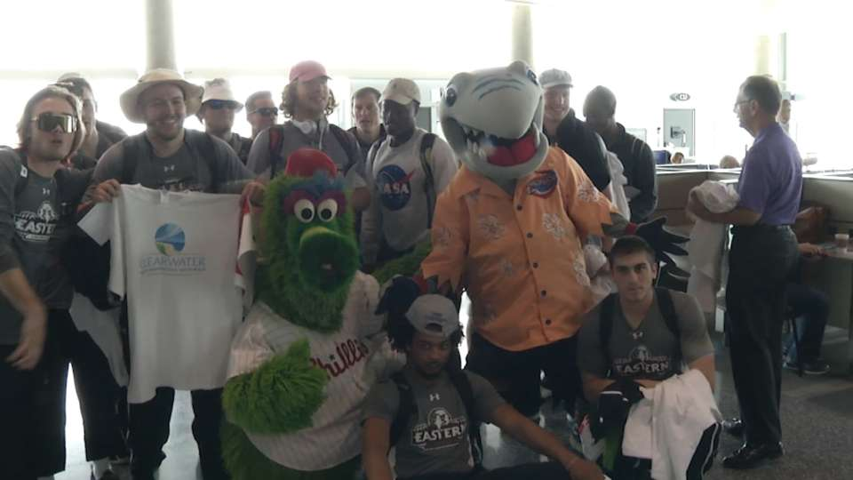 Phillies fans greeted in style