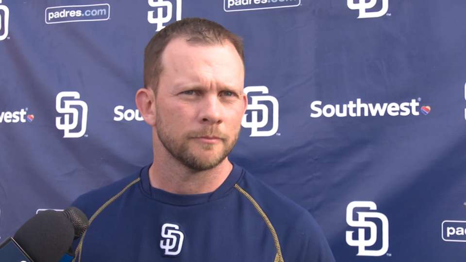 Padres work on bunting, shifts