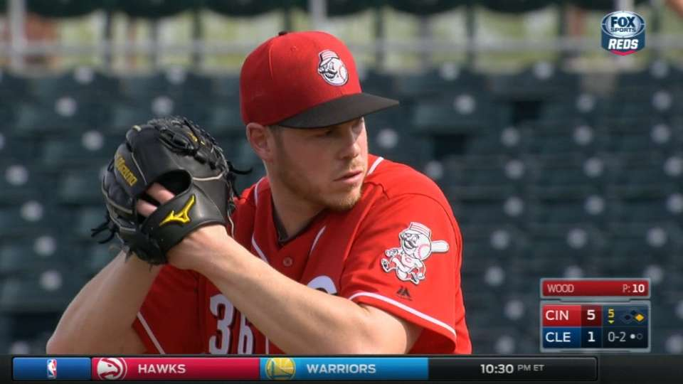 Wood makes debut for Reds