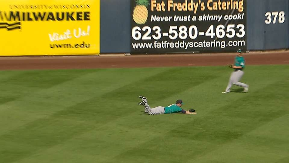 Baxter's great diving catch