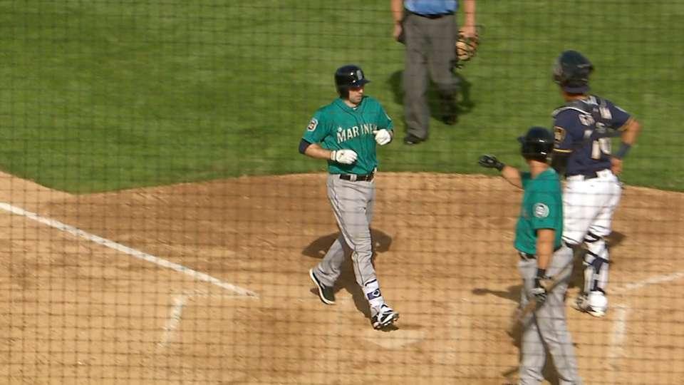 Baxter's two-run homer