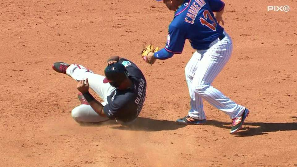 Mets turn double play
