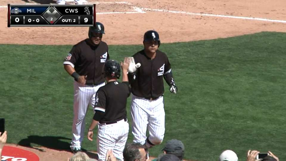 Garcia's homer evokes Hawk call