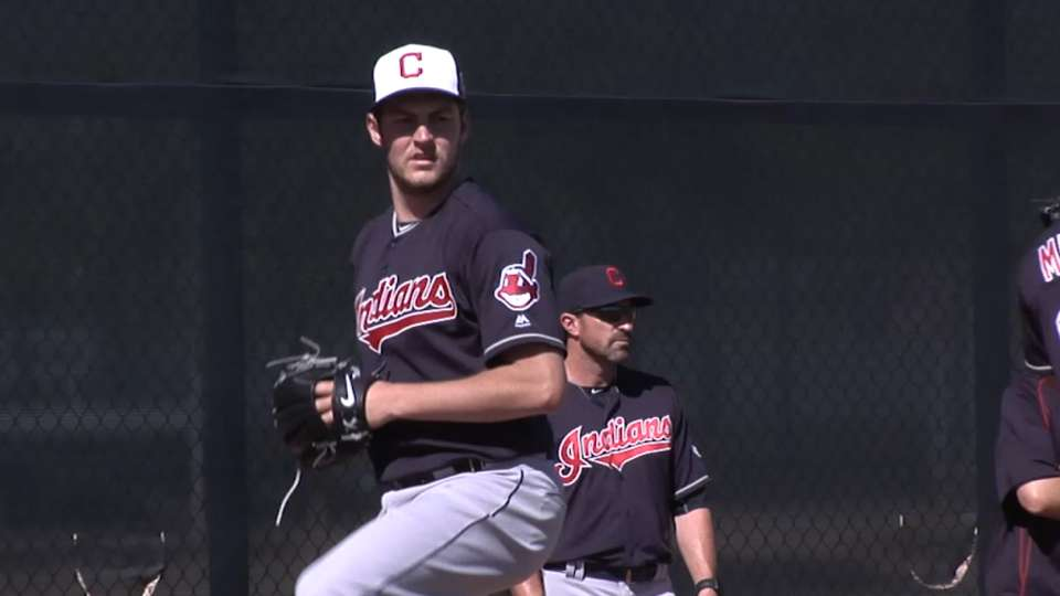 Francona, Bauer on media, outing