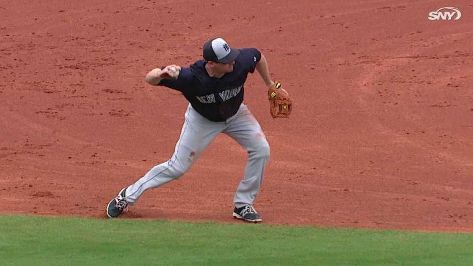 Headley's smooth diving stop