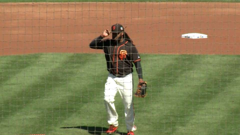 Cueto's debut with the Giants