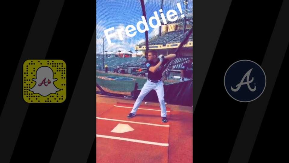 Braves camp has Snapchat fun